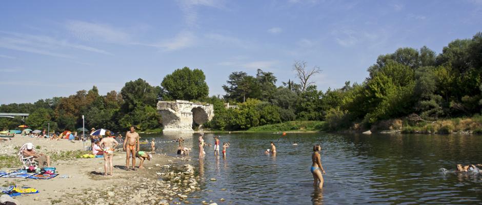 Bienvenue au camping des ponts camping des ponts - Office du tourisme pont saint esprit ...
